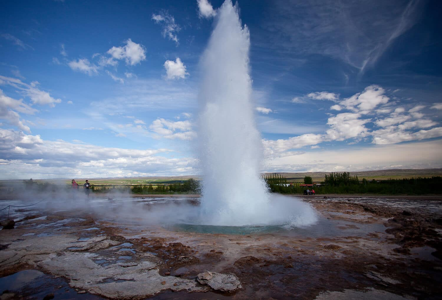 Geysir_Stokkur_Iceland - friend in iceland